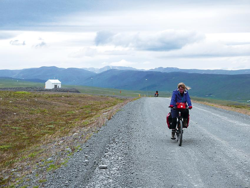 Cycling on the F35 in Iceland